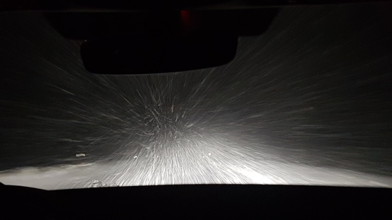 Schneesturm während der Fahrt zur Unterkunft