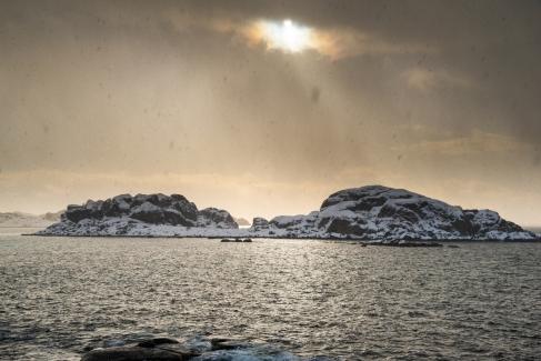 Inseln bei Henningsvær