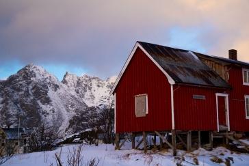 Berge im Norden von Henningsvær